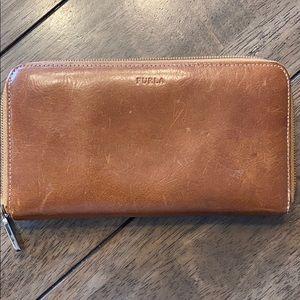 Furla zip wallet